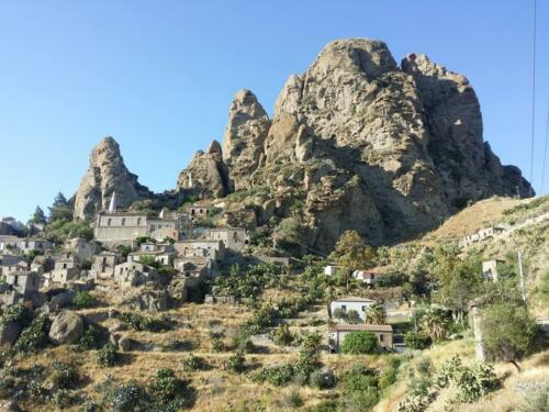 Pentedattilo, amazing ghost town South of Reggio Calabria